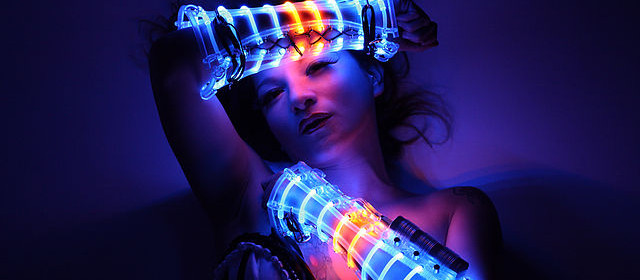 LED_Costume_by_Beo_Beyond